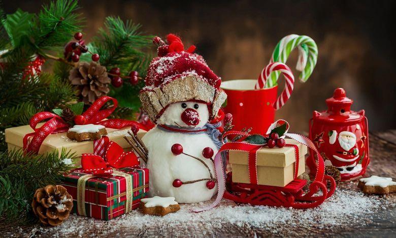 Новорічний ранок у садочку «Новорічне свято з Машею та Мишком». Середня група