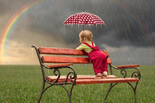 Чим зайняти дитину, коли на вулиці дощ