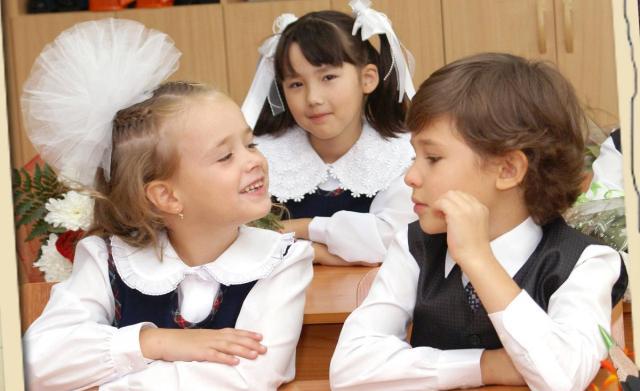 Першколасник іде до школи. Як батькам не нашкодити дитині