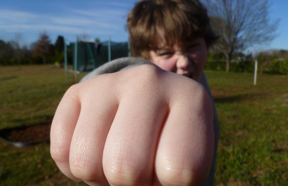 Дитяча агресивність - причини криються в сім'ї