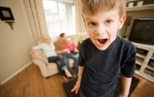 Як впоратись з дитячим егоїзмом