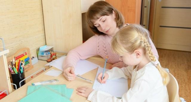 Допомога чи ведмежа послуга, або Коли допомагати дитині НЕ треба