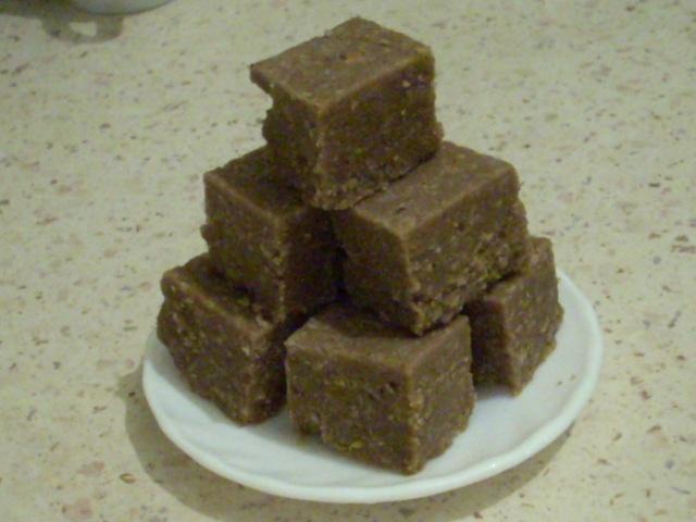 Халва, готуємо вдома ( 3 рецепти)