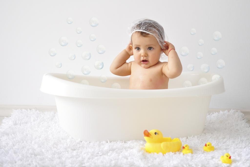 Купання немовлят, поради для батьків