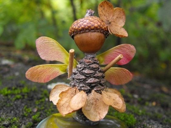 Осінні поробки з жолудів для дітей