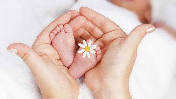 Перший місяць життя дитини