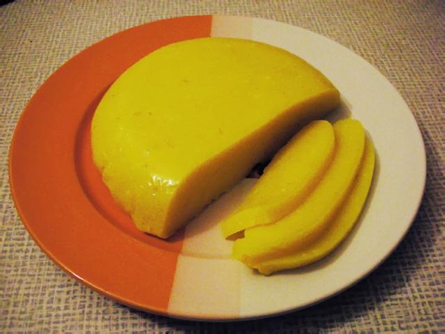 Домашній плавлений сир, та деякі тонкощі його приготування