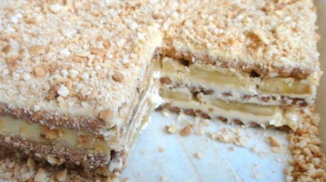 Торт без випічки сирно-банановий