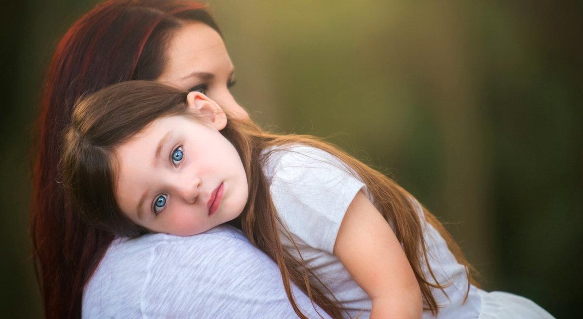 Як допомогти дитині пережити сумні емоції: 8 порад батькам