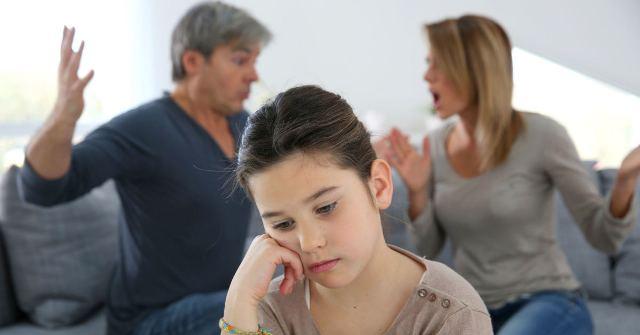 Сварки батьків: чим небезпечне з'ясування стосунків на очах у дитини