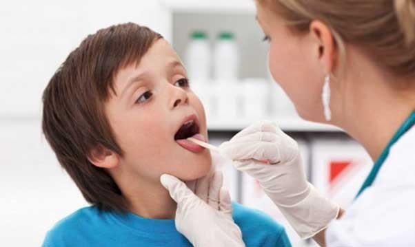 Лікування запалення мигдалин (гланд) у дітей